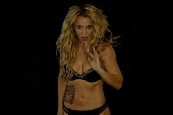 Новый клип Бритни Спирс (Britney Spears) - Slumber Party ... бритни спирс клип онлайн