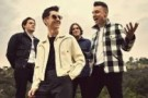 Новый клип группы Arctic Monkeys — Snap Out Of It