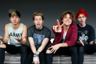Новый клип 5 Seconds Of Summer — Hey Everybody!