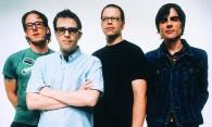 Новый клип группы Weezer — King Of The World