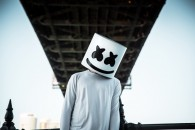 Новый клип Marshmello — Keep it Mello