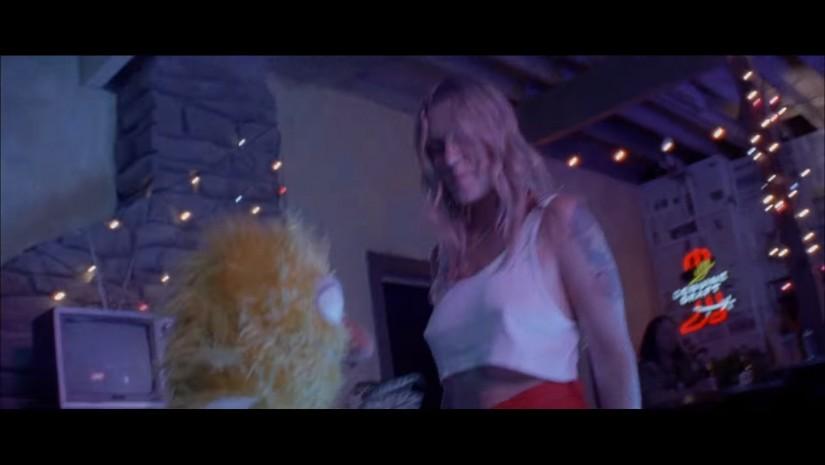 Новый клип Туве Лу — Disco Tits