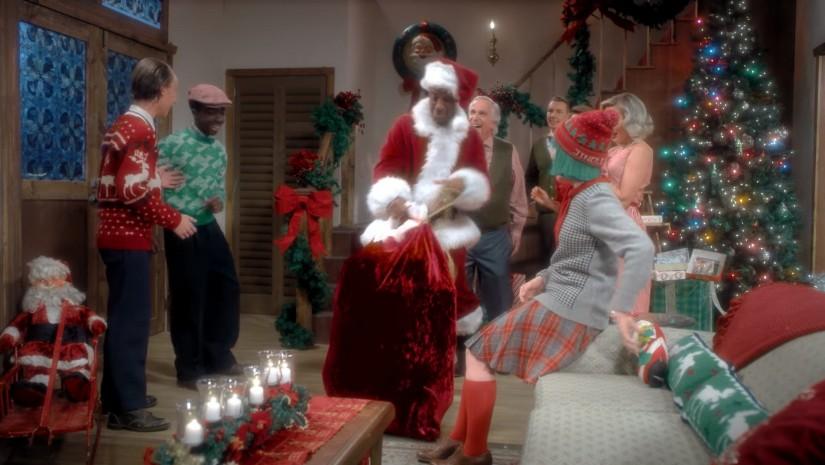 Sia — Santa's Coming For Us, новый клип
