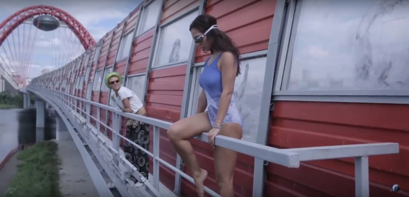 Максим Фадеев feat. MOLLY — Рассыпая серебро, новый клип