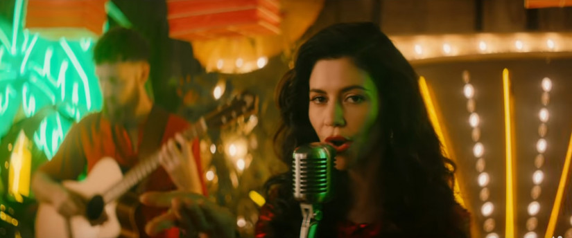 Clean Bandit Marina & Luis Fonsi — Baby, новый клип