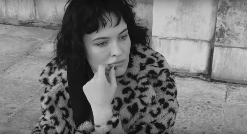 Даша Астафьева — Зима, новый клип