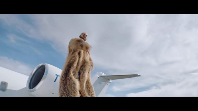 Мот  — Побег из шоубиза / Пролетая над коттеджами Барвихи , новый клип