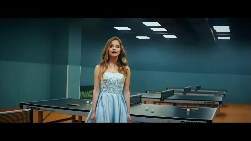 Алиса Кожикина — Назло всему улыбайся, новый клип