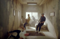 Coldplay — Orphans, новый клип