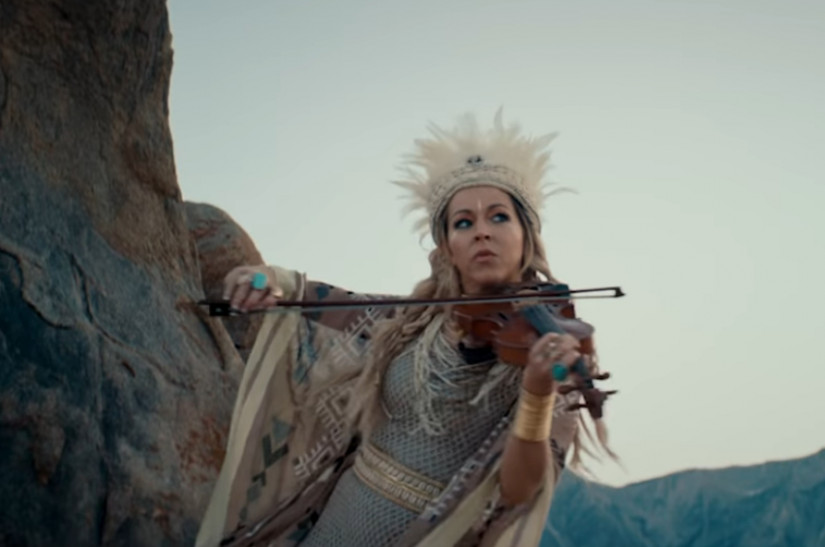 Lindsey Stirling — We Three Gentlemen, новый клип