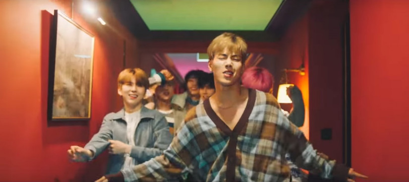 Steve Aoki and Monsta X — Play It Cool, новый клип