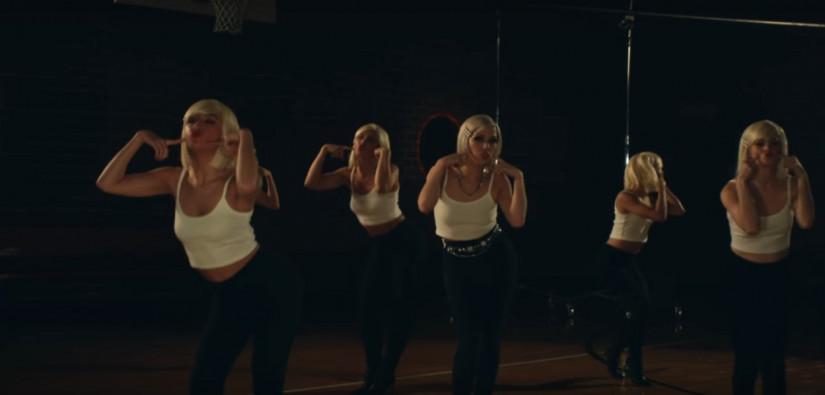 Carly Rae Jepsen — Too Much, новый клип