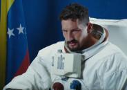 Mau y Ricky — La Grosera, новый клип