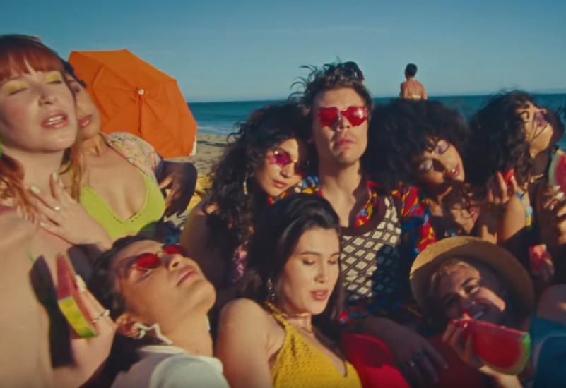 Harry Styles — Watermelon Sugar, новый клип
