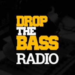 Логотип DROP THE BASS Radio